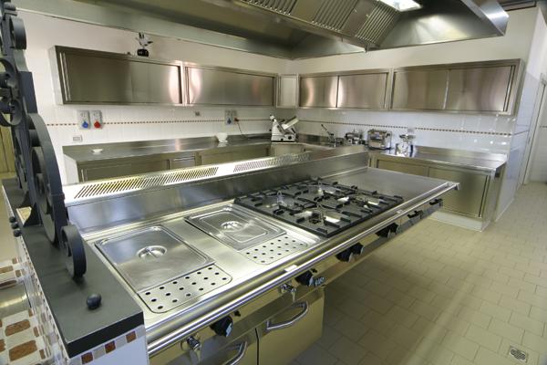 Attrezzature per ristoranti forniture industriali per - Cucina inox usata ...